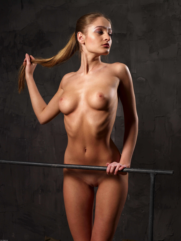 Смотреть секс с высокой женщиной 24 фотография