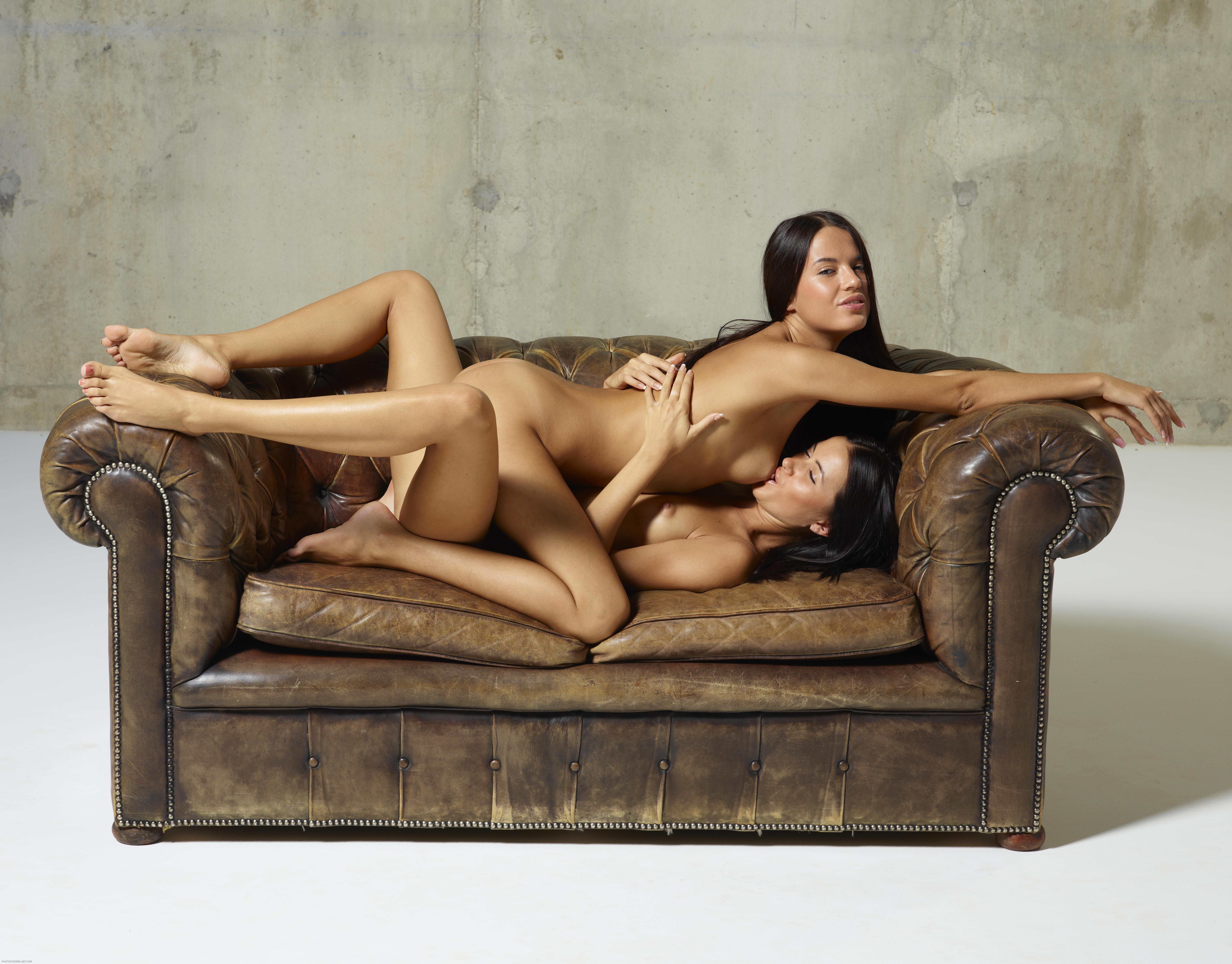 and gloria sofa sex Nicole