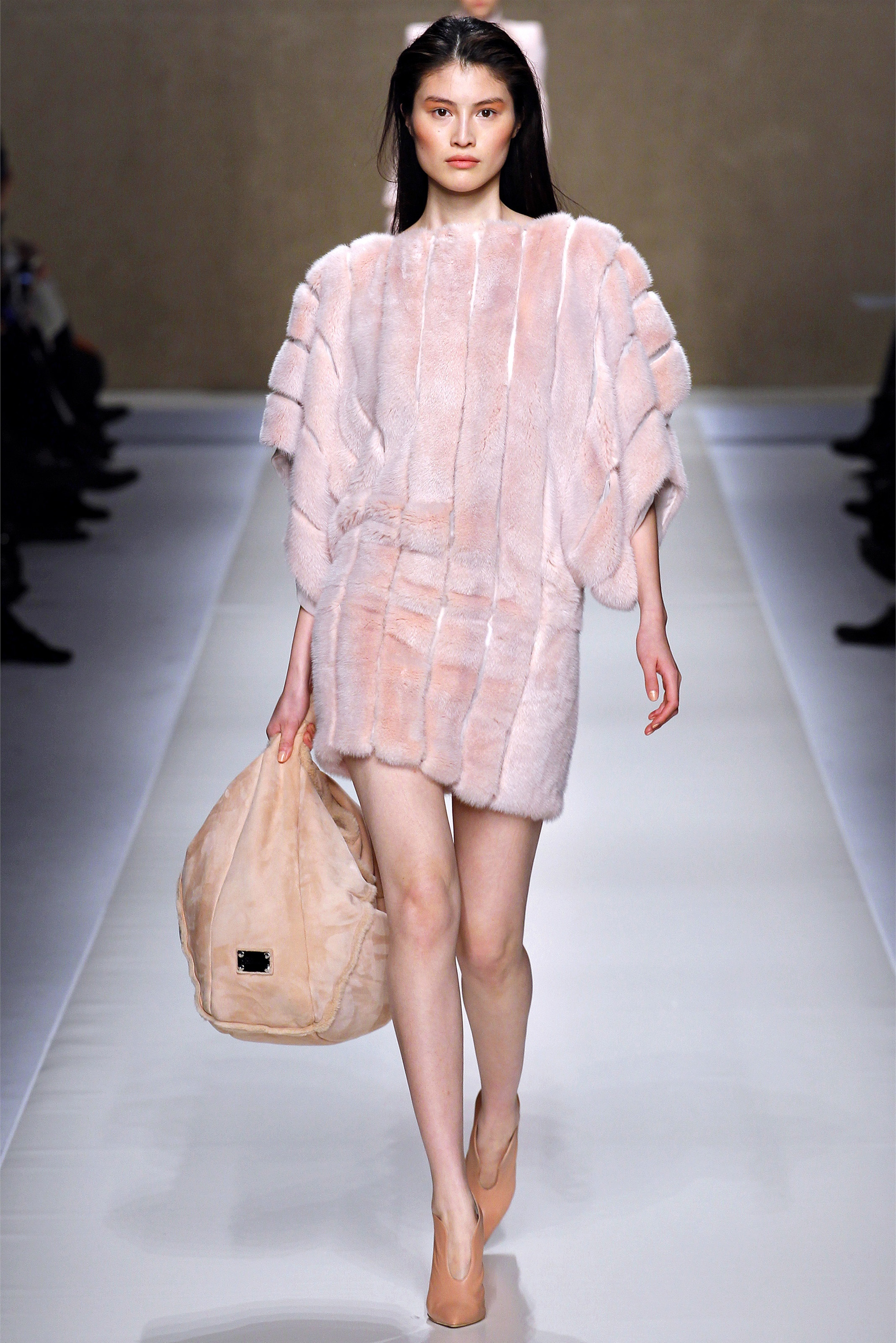 Модные Платья Зима Осень Доставка