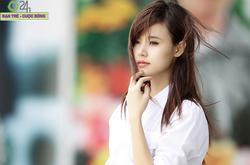 Hot girl Midu xinh tươi trên phố Sài Gòn
