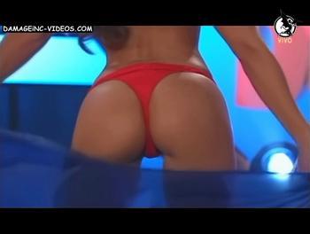 Laura Gaffuri showing her pussy in red bikini